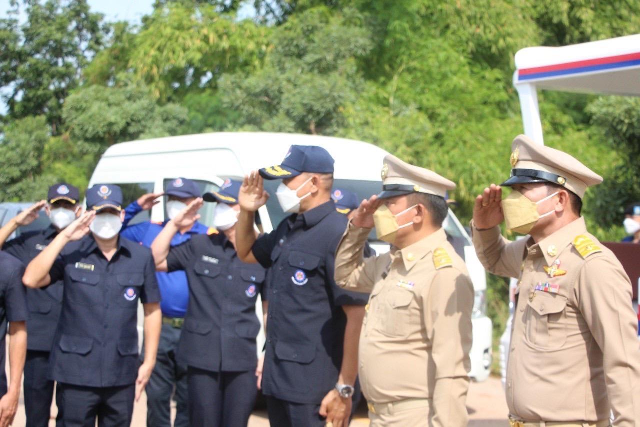 นายกเทศมนตรีตำบลบัลลังก์ ร่วมให้การต้อนรับ พลเอกจีรัชญ์ บุญชญา ผู้บัญชาการหน่วยบัญชาการทหารพัฒนา ในการตรวจราชการและติดตามสถานการณ์อุทกภัยในพื้นที่